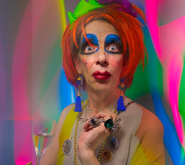 DAVID HOYLE: BUFFERZONE